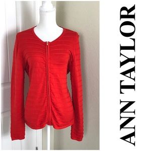 Ann Taylor Zip up sweater Size Large